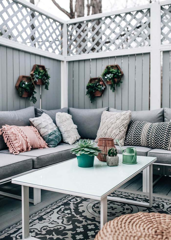 Back Porch Sitting Area #backyard #sitting #area #decorhomeideas