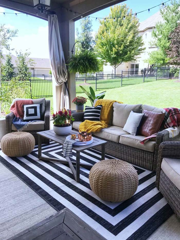 Backyard Sitting Idea With Deck #backyard #sitting #area #decorhomeideas
