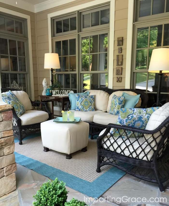 Backyard Sitting Ideas With Turquoise Accent #backyard #sitting #area #decorhomeideas