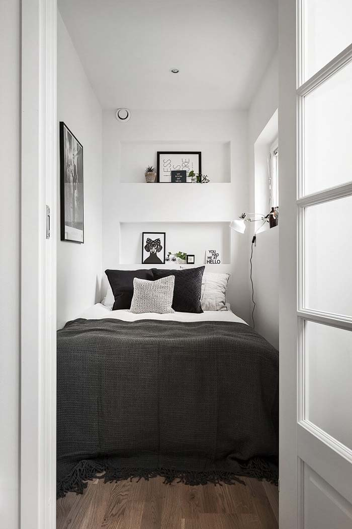 A Bed-Sized Room with a Few Shelves #bedroom #small #design #decorhomeideas