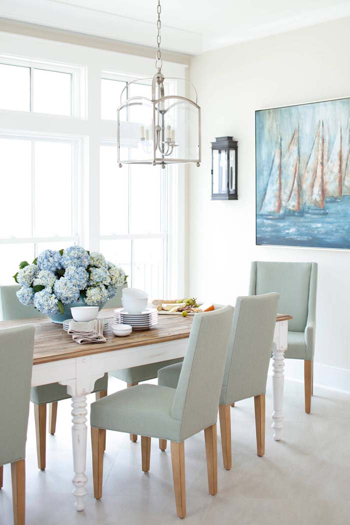 A Dining Space for a Coastal Cottage #beach #coastal #decoration #decorhomeideas