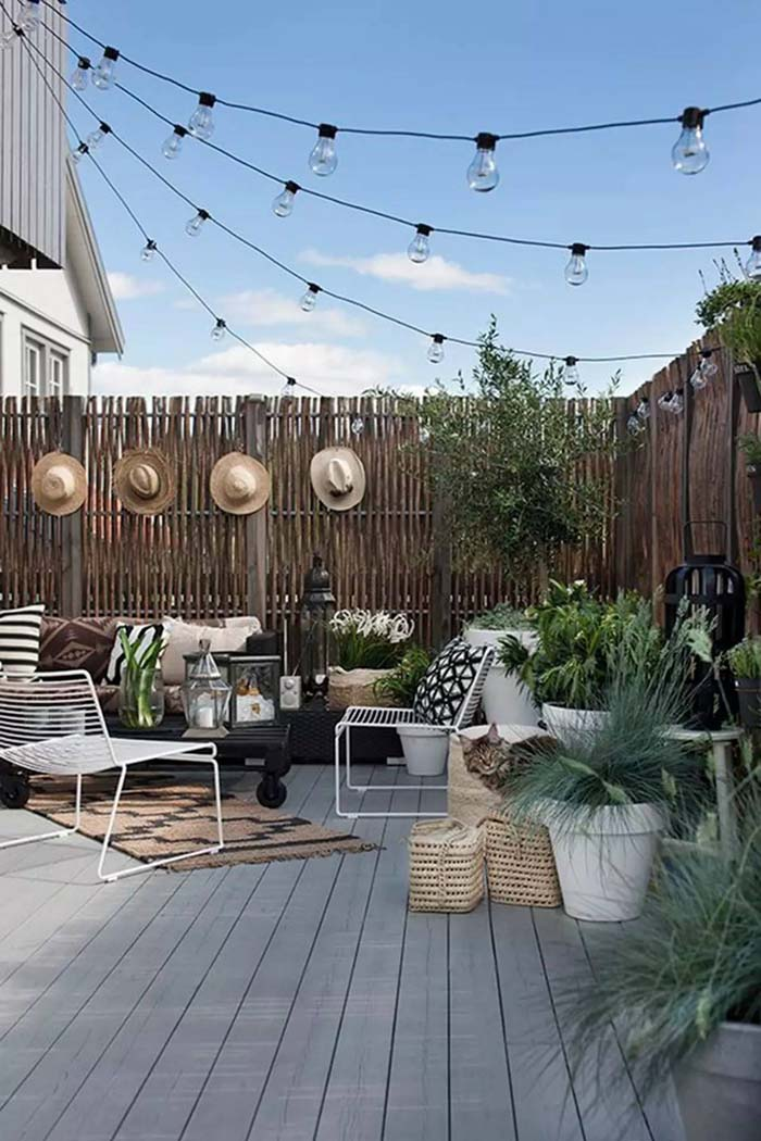 DIY Patio Decoration Ideas With Hats #diy #patio #decorations #decorhomeideas