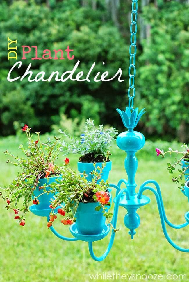DIY Plant Chandelier Decoration #garden #container #planter #decorhomeideas