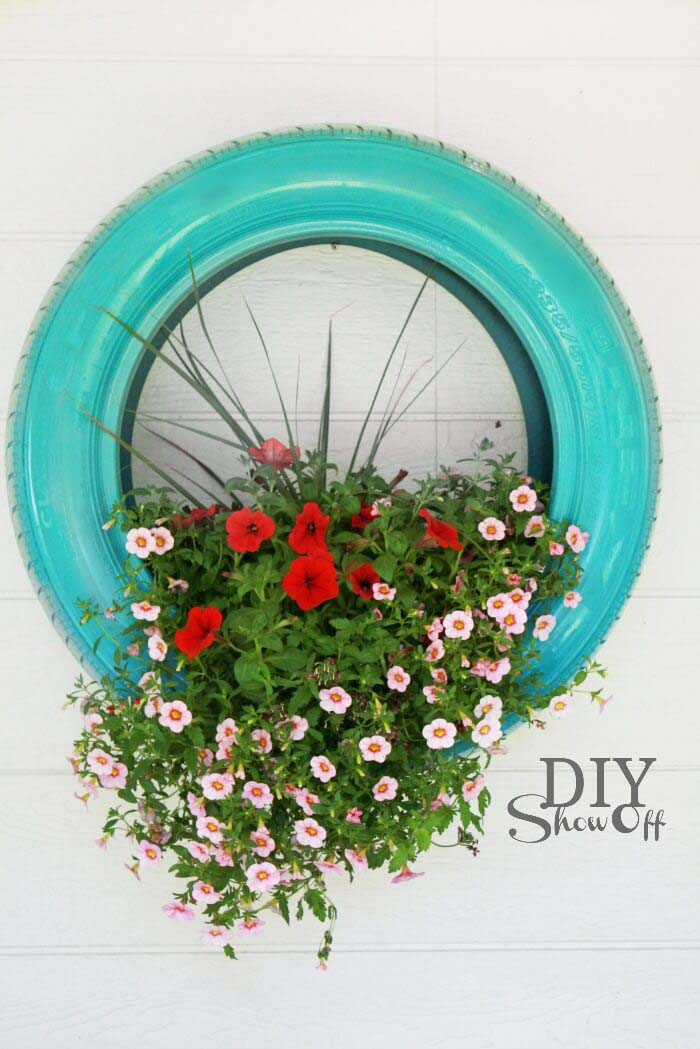 DIY Tire Flower Planter #diy #paint #garden #decorations #decorhomeideas