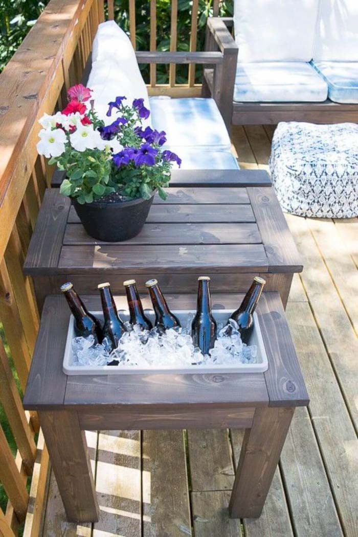 DIY End Table with Built-In Planter or Ice Bucket #diy #outdoor #furniture #decorhomeideas
