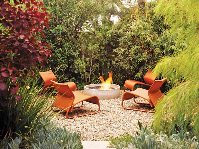 Fire Pit in the Lush Forest #diy #round #firepit #decorhomeideas