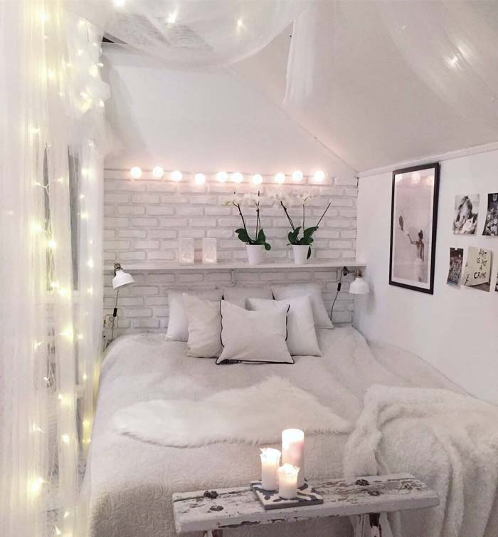 Illuminated Canopy Overlooking the Soft Bed #bedroom #small #design #decorhomeideas