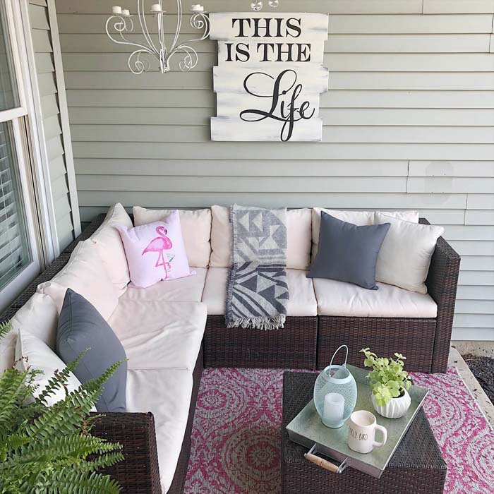 Mini Front Porch Ideas #backyard #sitting #area #decorhomeideas
