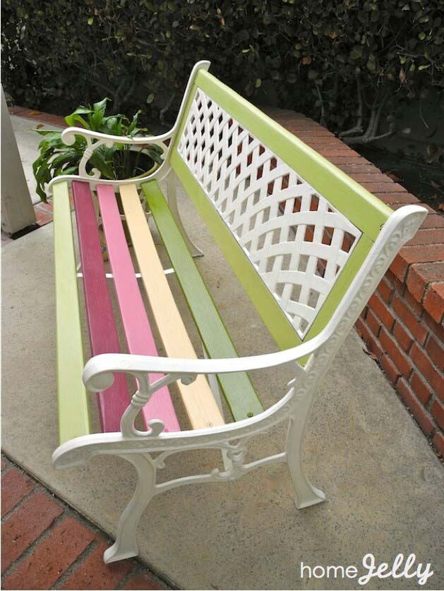 Paint Park Bench #diy #paint #garden #decorations #decorhomeideas
