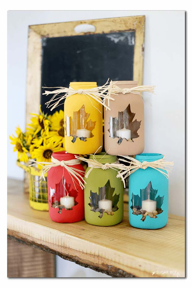 Painted Leaf Candle Holder #diy #masonjar #lights #decorhomeideas