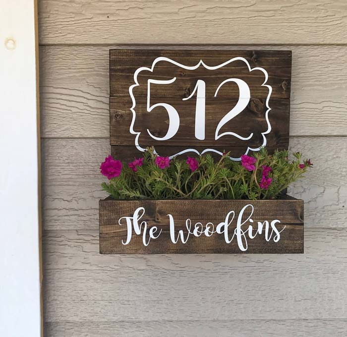 Planter Box with House Numbers #porch #wall #decor #decorhomeideas