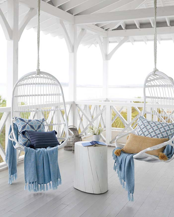 Porch Swings #backyard #sitting #area #decorhomeideas