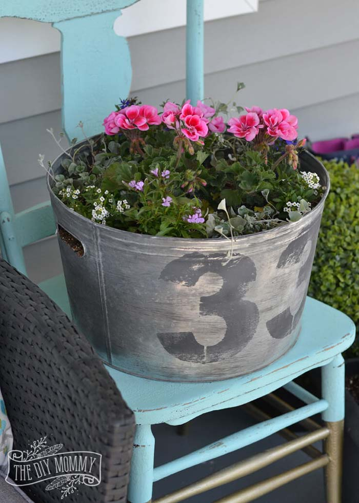 Reclaimed Washtub #diy #planter #porch #decorhomeideas