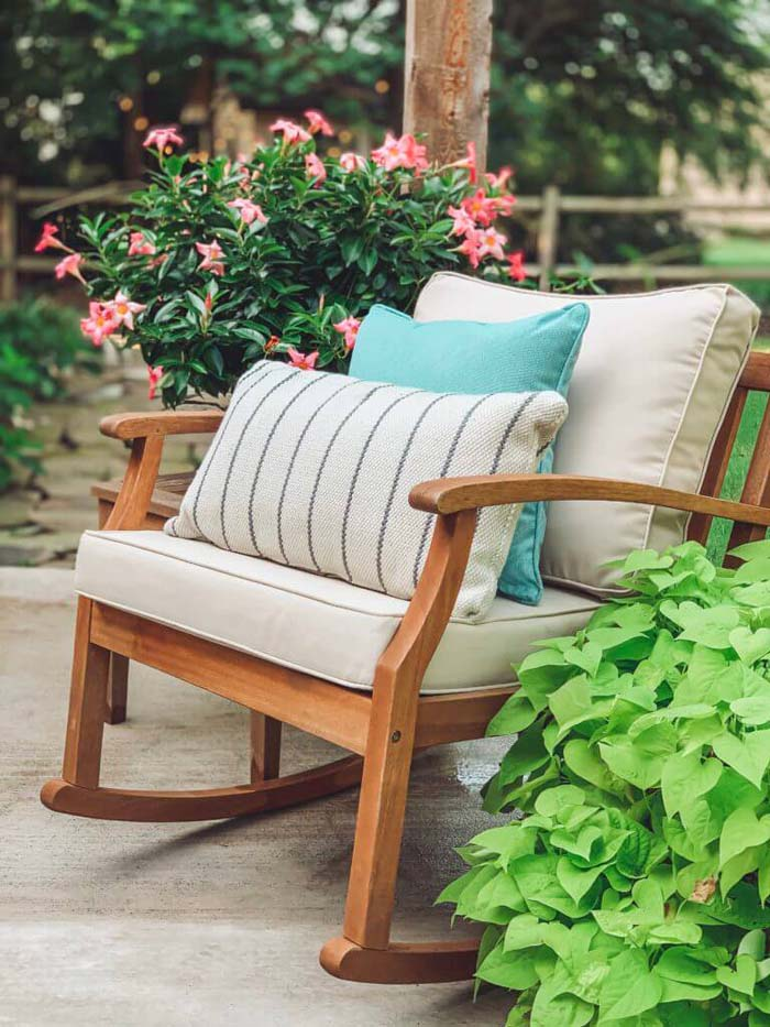 Refresh Your Patio With Sitting Area #backyard #sitting #area #decorhomeideas