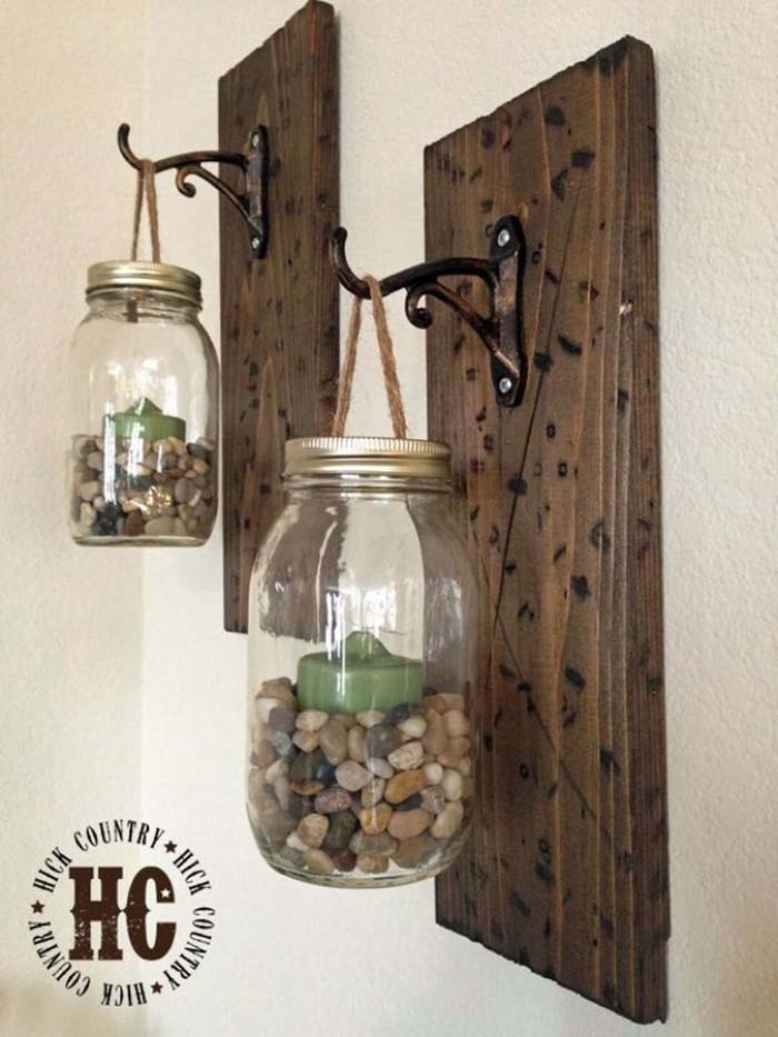 Rustic DIY Mason Jar Wall Lanterns #diy #masonjar #lights #decorhomeideas