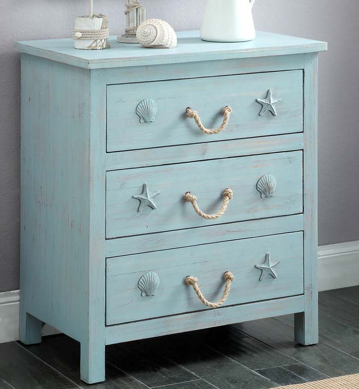 Rustic Dresser Designed for a Beach Enthusiast #beach #coastal #decoration #decorhomeideas