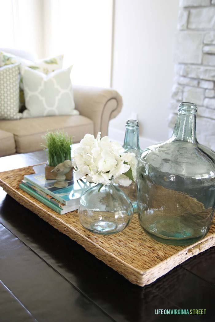 A Rustic Wicker Table with Coastal-Themed Accents #beach #coastal #decoration #decorhomeideas