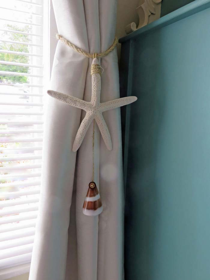 Sandy Colored Curtains with Starfish Tassels #beach #coastal #decoration #decorhomeideas