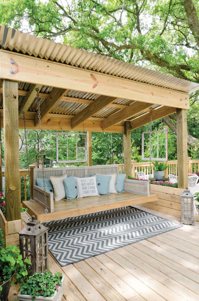 Shaded Gazebo With Swing Bed #diy #patio #decorations #decorhomeideas