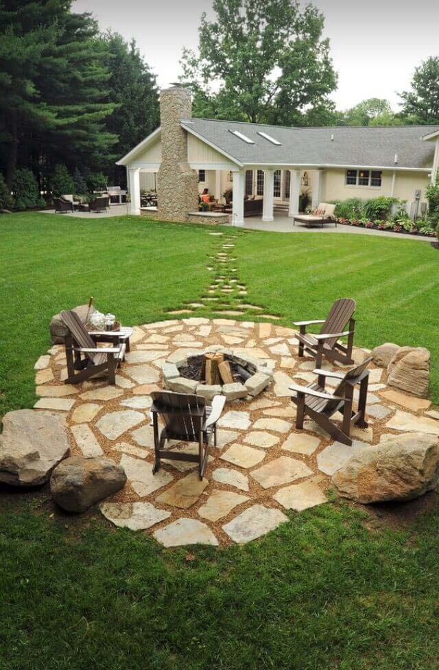 Stone Footpath Leading to a Gorgeous Pit #diy #round #firepit #decorhomeideas