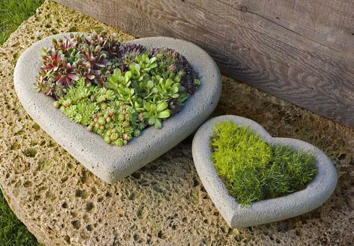 Stone Heart Garden Decorations #garden #container #planter #decorhomeideas