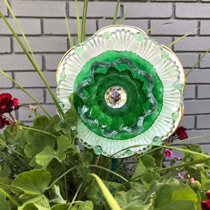Tea Saucer and Plate Jeweled Flower #garden #upcycled #diy #decorhomeideas