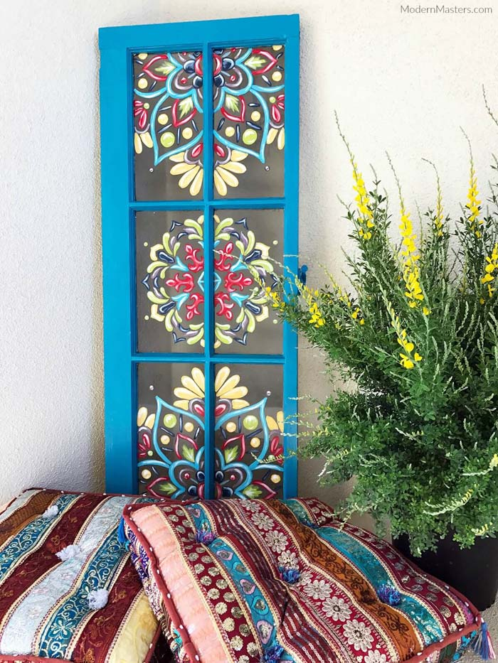 Tole Painting on Blue Window Frame #diy #paint #garden #decorations #decorhomeideas