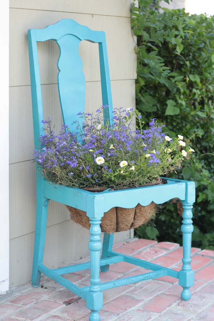 Vintage Dining Room Chair #garden #container #planter #decorhomeideas