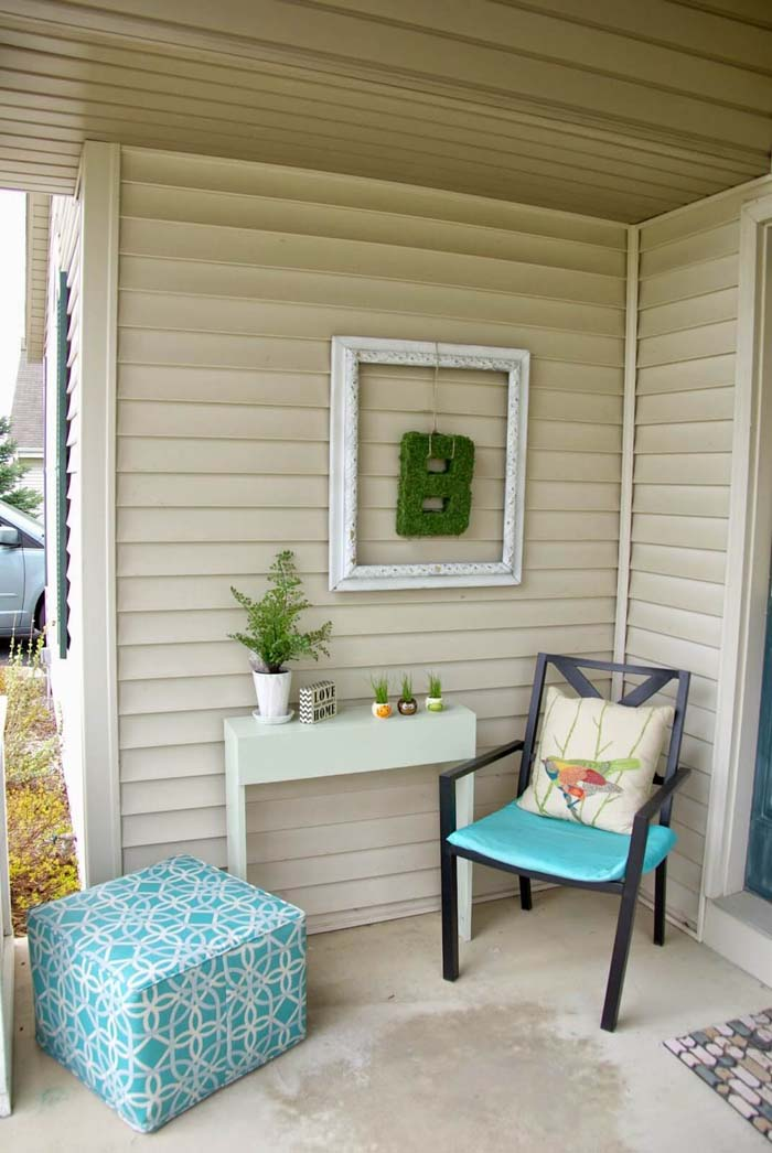 Vintage Frame with Hanging Moss Initial #porch #wall #decor #decorhomeideas