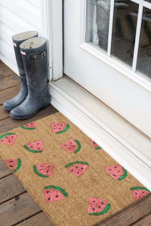 Watermelon Welcome Mat #diy #decor #porch #decorhomeideas