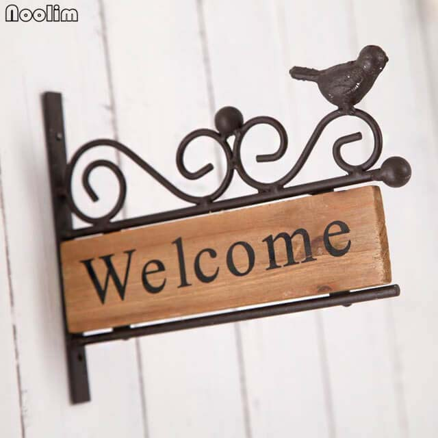 Welcome Sign with Cute Bird Accent #porch #wall #decor #decorhomeideas