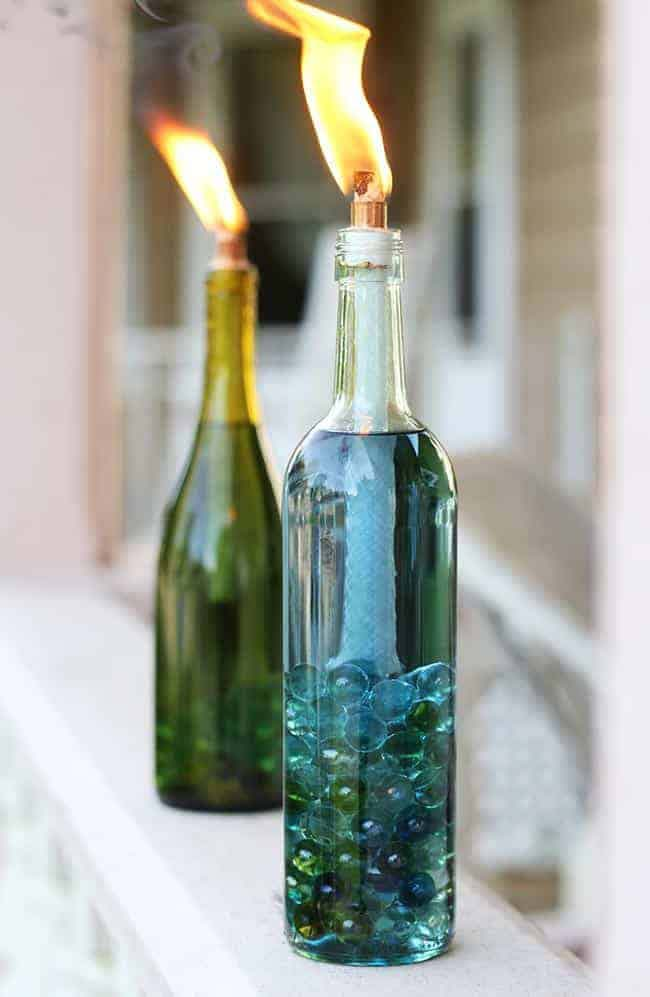 Wine Bottle Outdoor Torch Lamp #garden #upcycled #diy #decorhomeideas