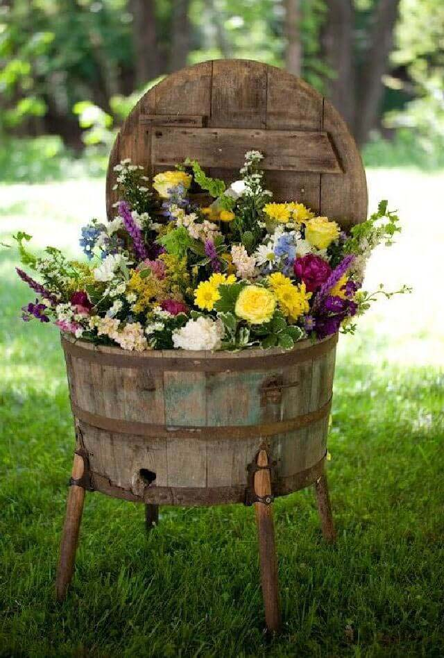 Wooden Wine Barrel Flower Planter #garden #container #planter #decorhomeideas