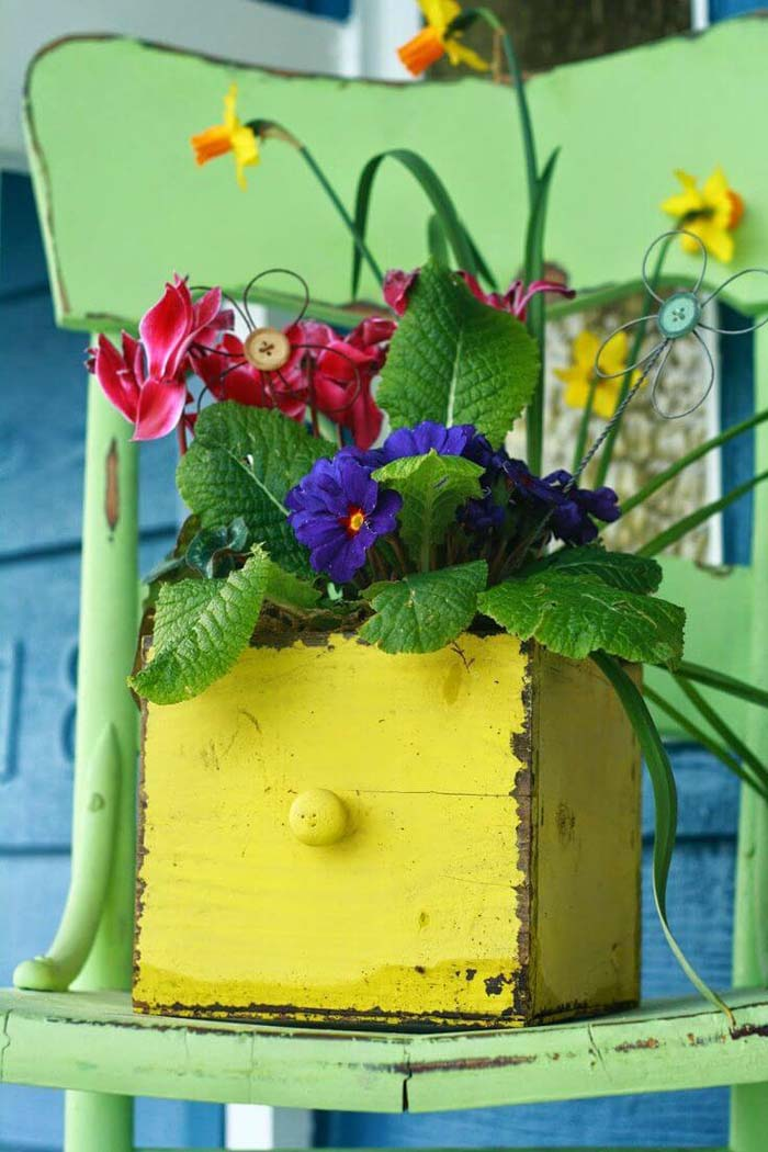 Yellow Drawer on a Chair #diy #planter #porch #decorhomeideas