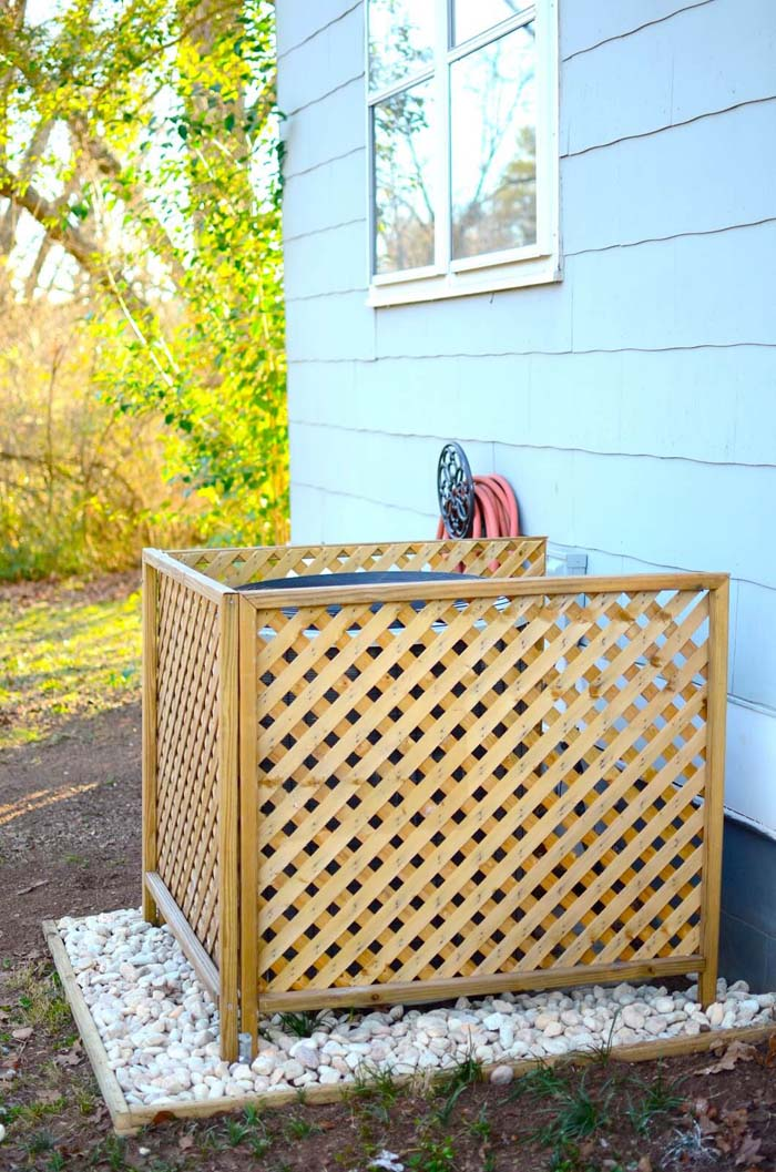 A/C Cover DIY - Accessorize a Giant Eye-Sore #outdoor #hiding #ideas #decorhomeideas