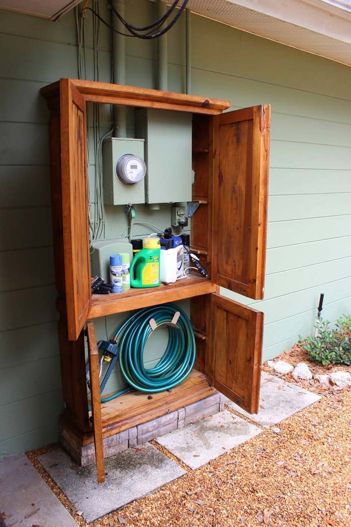 Armoire Covers Unsightly Wires #outdoor #hiding #ideas #decorhomeideas