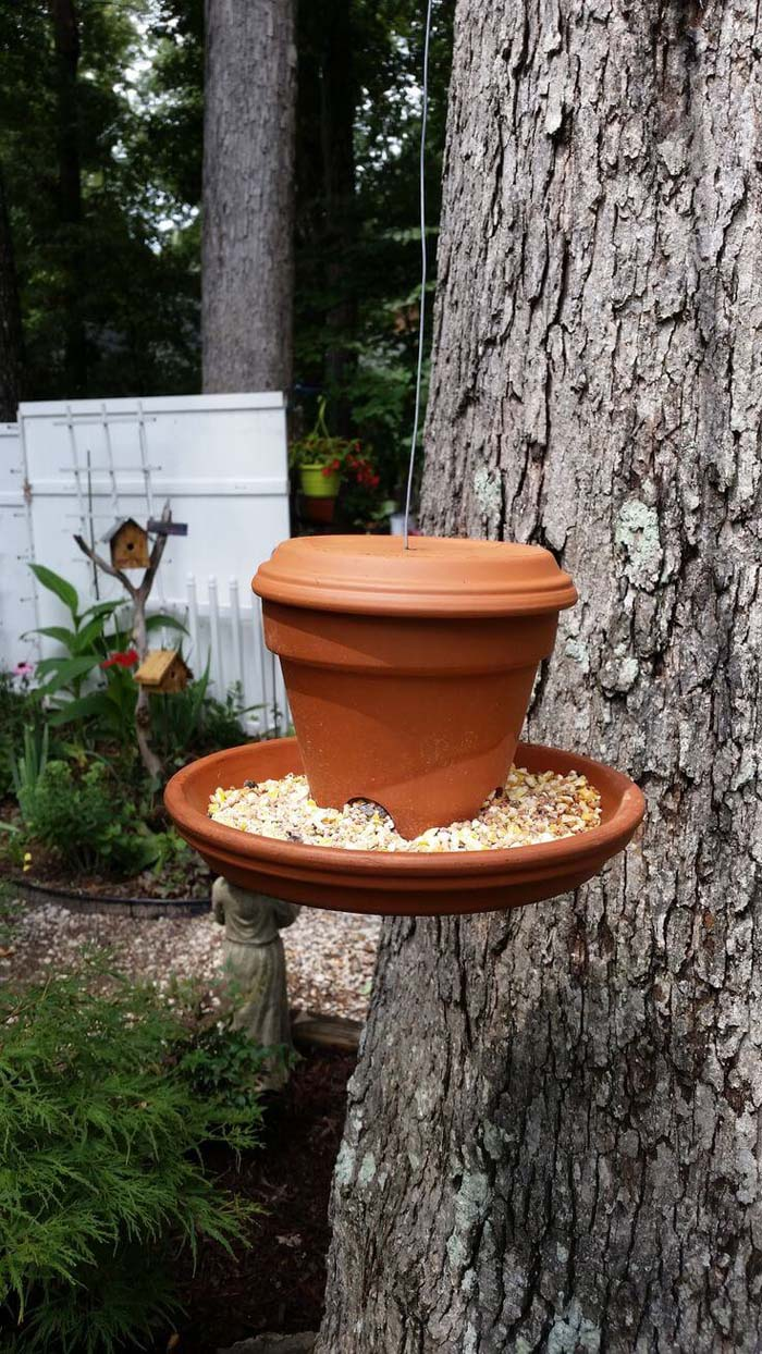 Basic Clay Pot and Saucer Bird Feeder #flowerpot #clay #garden #decorhomeideas