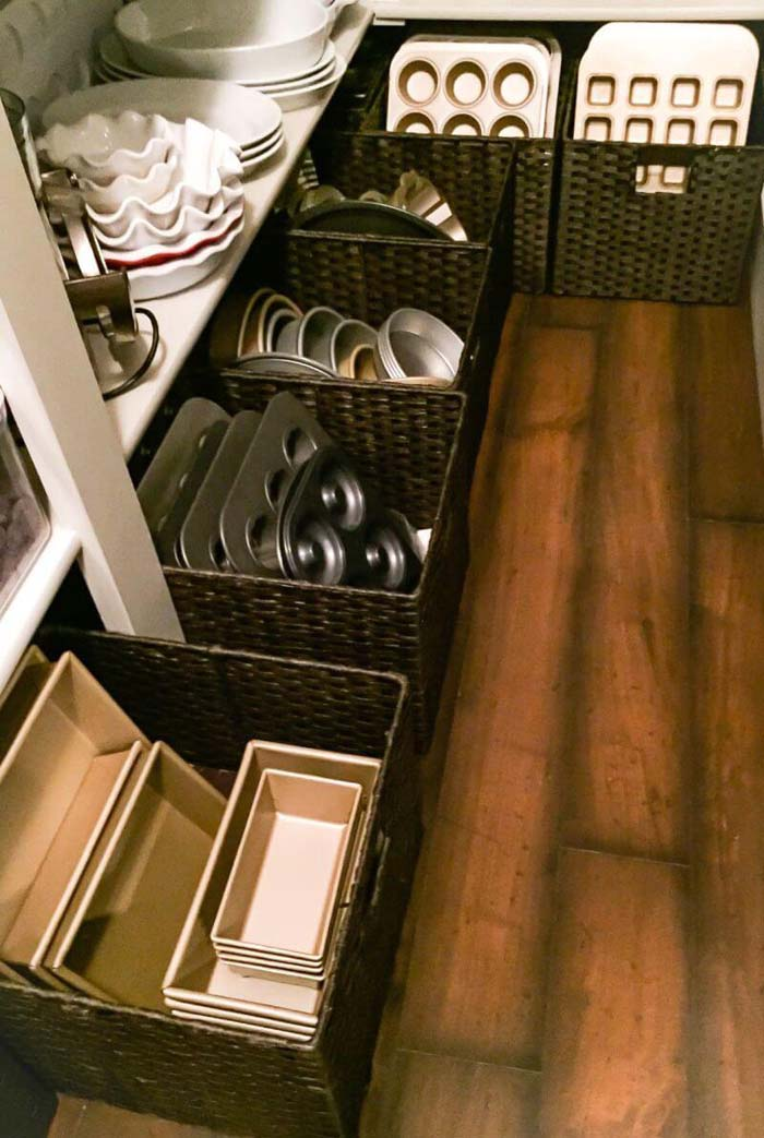 Big Square Baskets for Cookware #pantry #storage #organization #decorhomeideas
