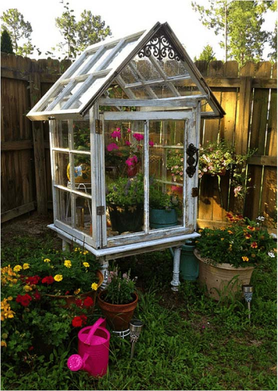 Build a Miniature Greenhouse from Old Windows #old #window #garden #decorhomeideas