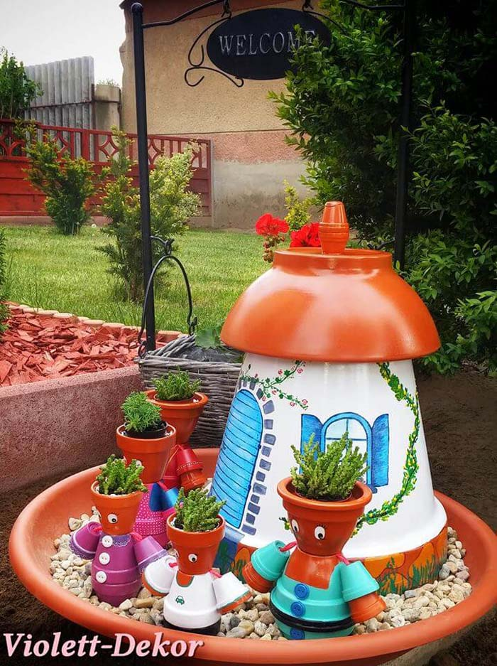 Clay Pot Family with a Cute House #flowerpot #clay #garden #decorhomeideas