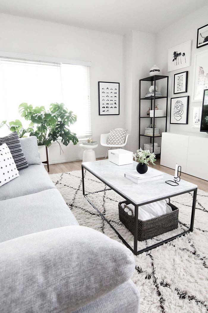 Comfortable White, Gray, and Black Room #livingroom #design #decorhomeideas
