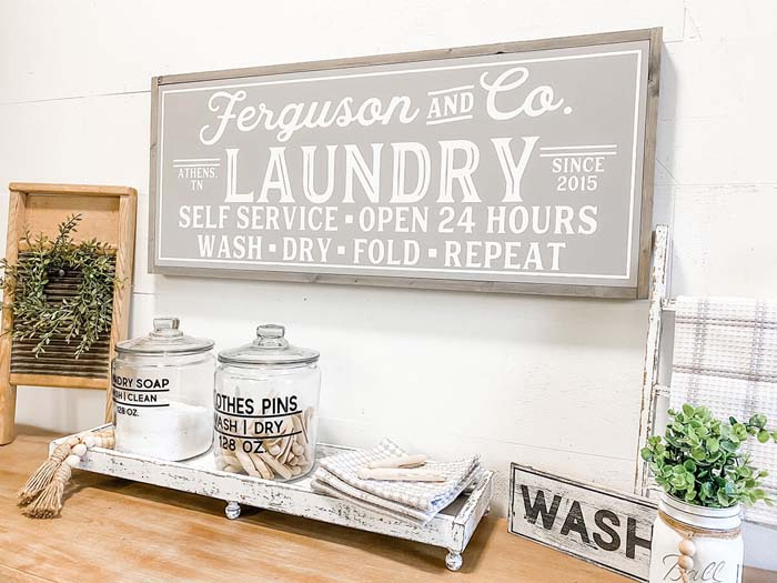 Customizable Family Name Laundry Sign #small #entryway #decor #decorhomeideas