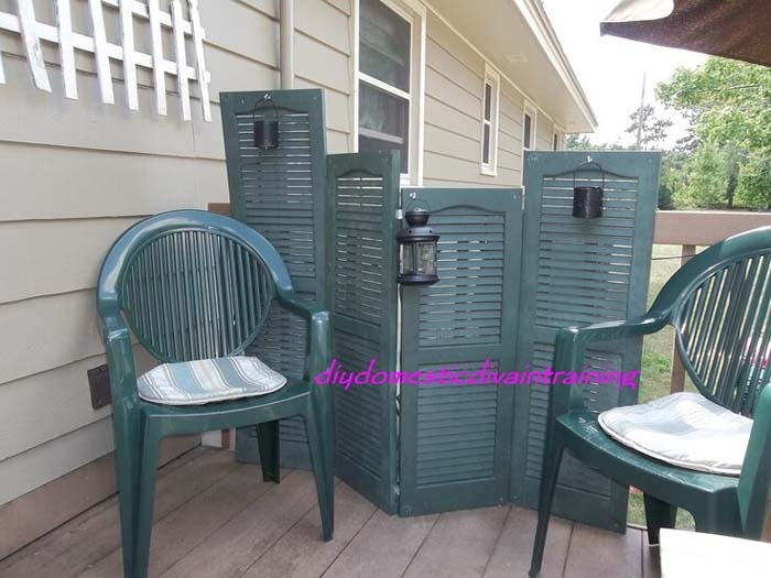Easy Privacy Screen for your Deck #shutter #repurpose #decor #decorhomeideas