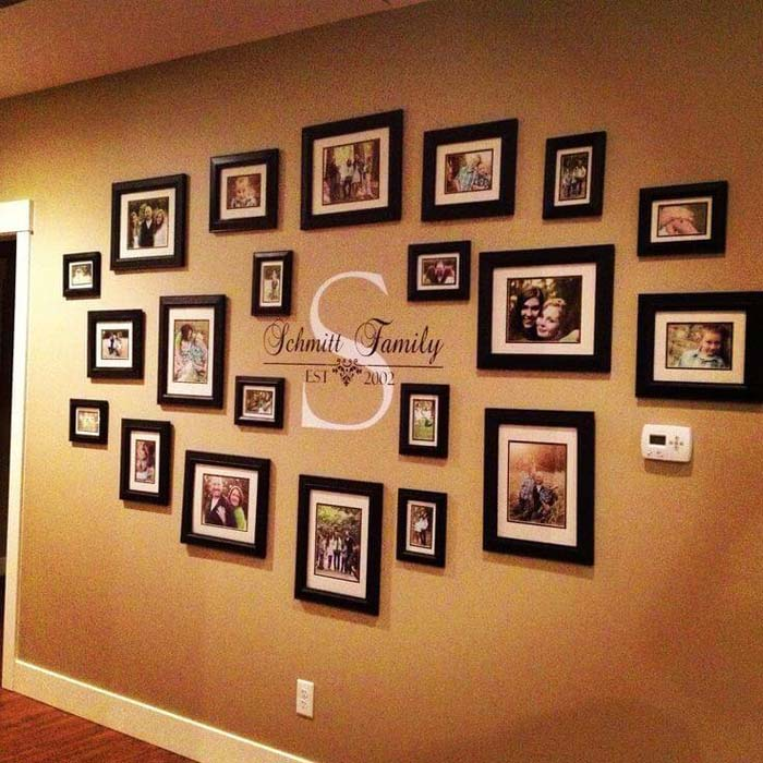 Family Portraits Centered Around Your Monogram #wall #gallery #decor #decorhomeideas