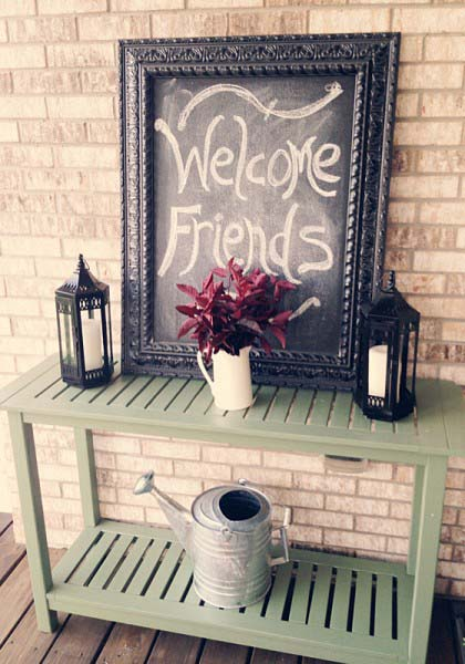 Farmhouse Table With Welcome Sign #porch #decorartion #decorhomeideas