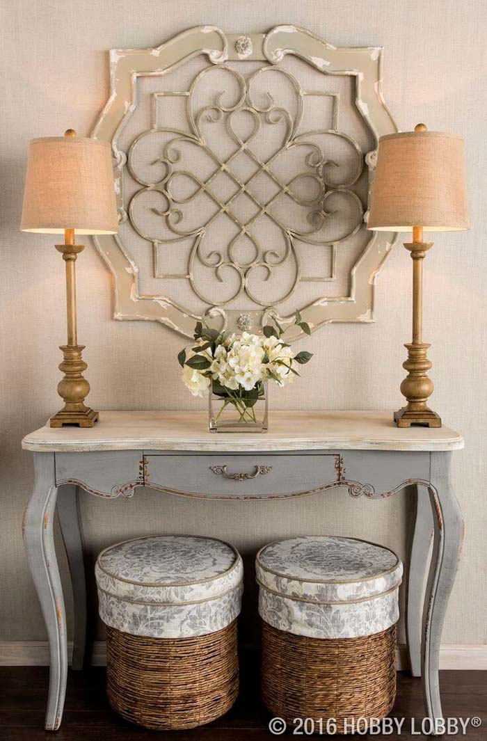 For the Vintage Lovers #entry #table #decorhomeideas