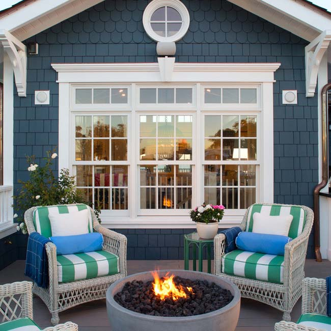 Upstairs Porch With a Fire Pit #porch #decorartion #decorhomeideas