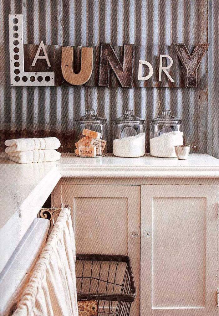 Funky Vintage Laundry Wall Sign #laundry #vintage #decor #decorhomeideas