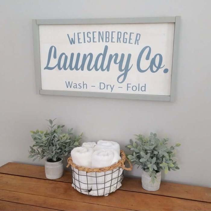 Hand Painted Wash, Dry, and Fold Sign #laundry #vintage #decor #decorhomeideas