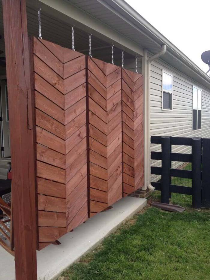 Hanging Wooden Screens For Back Patio Privacy #outdoor #hiding #ideas #decorhomeideas
